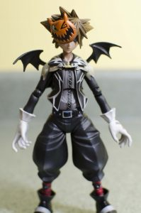 Halloween Town Sora Play Arts Kai – Review – Faves In Toyland